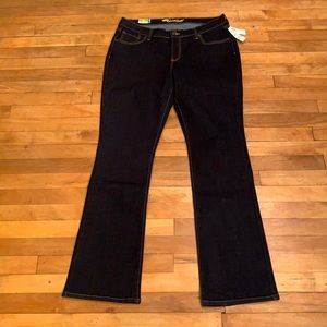4/$40 - OLD NAVY Sweetheart Jeans (Flared) - 14L